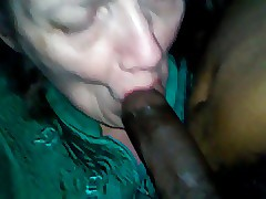 mom swallowing cum movies